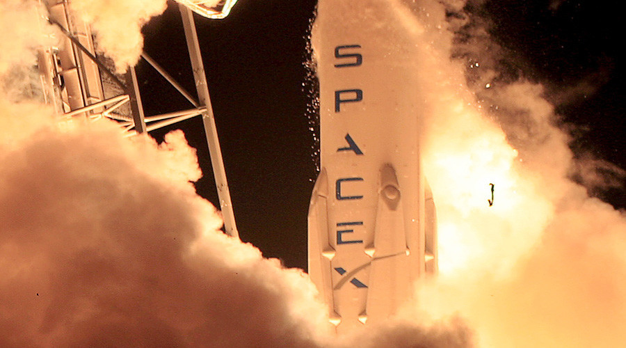 SpaceX has successfully landed its drone rocket on a platform in the Atlantic Ocean for the second time. With this landing, SpaceX has leaped a major obstacle for the second time.