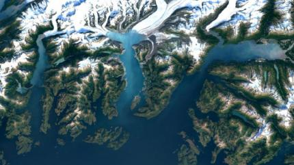 Google has rolled out satellite imagery update for both Google Maps and Google Earth