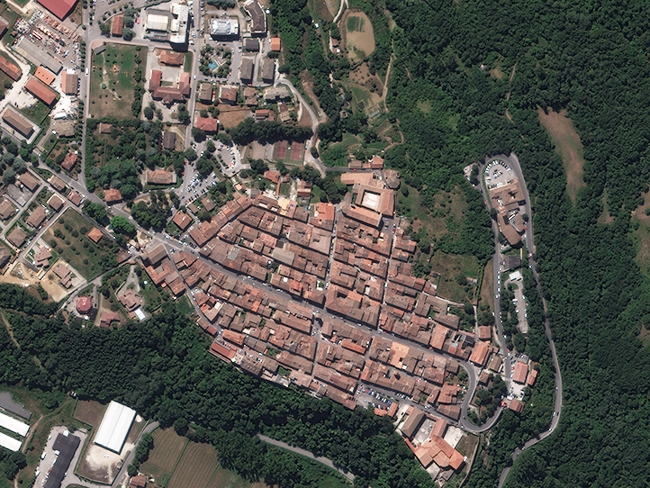 Satellite imagery of Amatrice, Italy, captured on 09 August 2010, 10:13 am (UTC), by the WorldView-2. Image credits: European Space Imaging