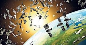 The international society for optics and photonics, in Optical Engineering, SPIC, has suggested the use of laser impulses to destroy space debris.