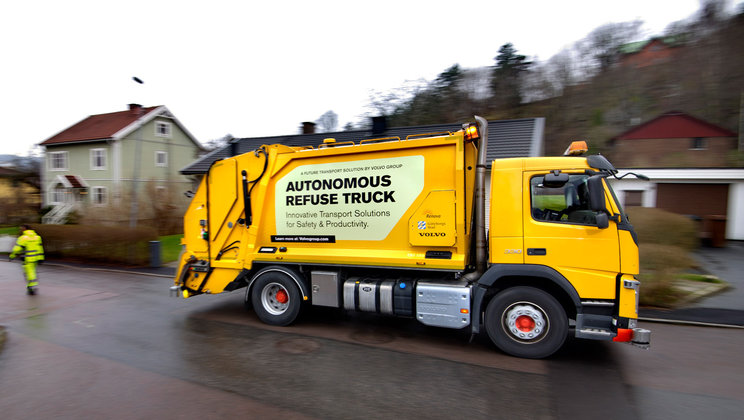 automated-trucks-from-volvo-undergoes-testing-in-sweden
