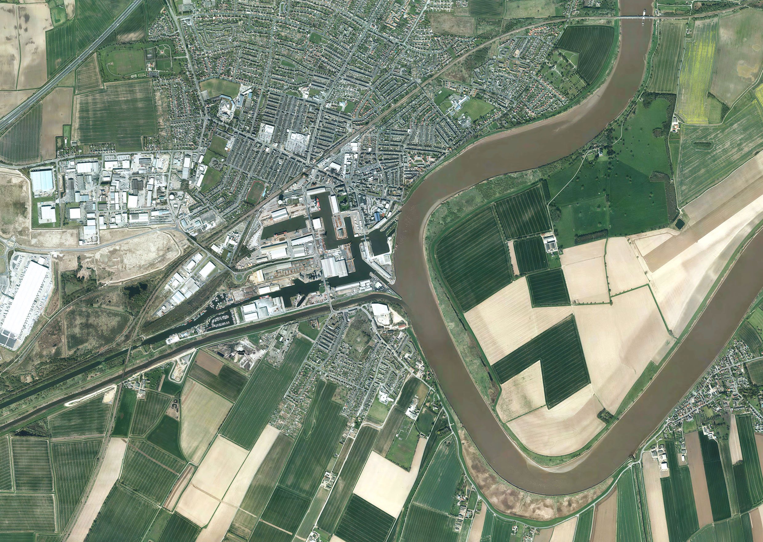 high-resolution aerial imagery contract signed between Bluesky and Yorkshire Water