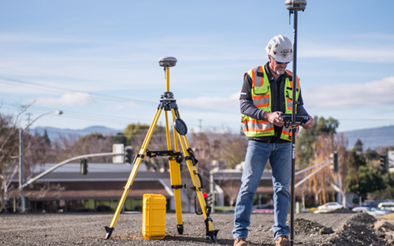 Trimble introduces its GNSS reference receiver