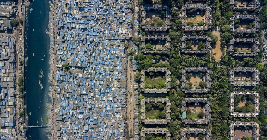 Drone imagery shows striking income inequality in the metropolis Mumbai