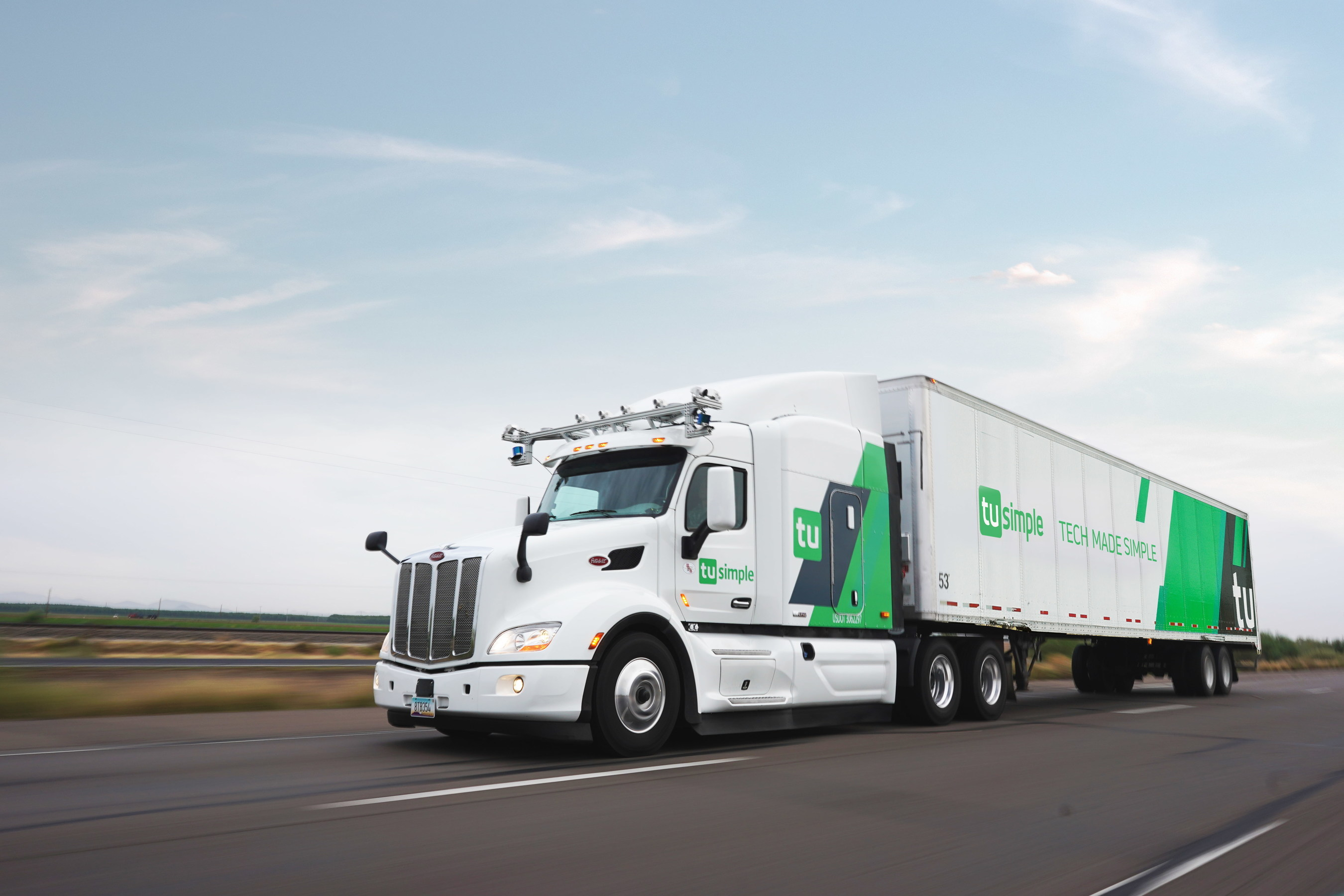 Tusimple Building Safest Self Driving Truck With 1 000 Meter