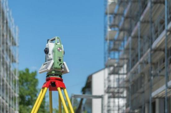 Leica Geosystems introduces new generation of manual total