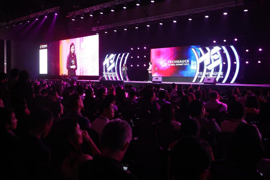 1,900 startups turn out for networking, speaker sessions and