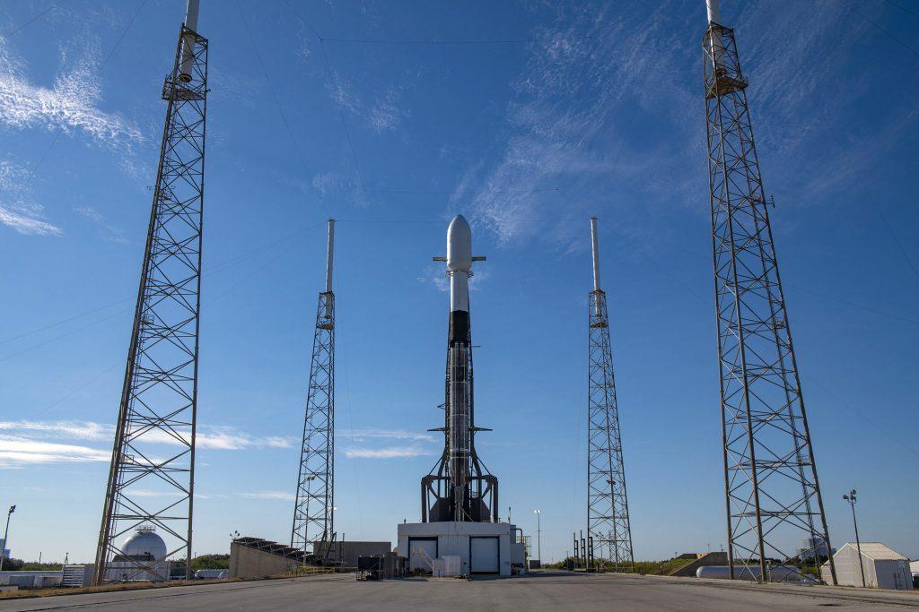 maximum satellites on single rocket